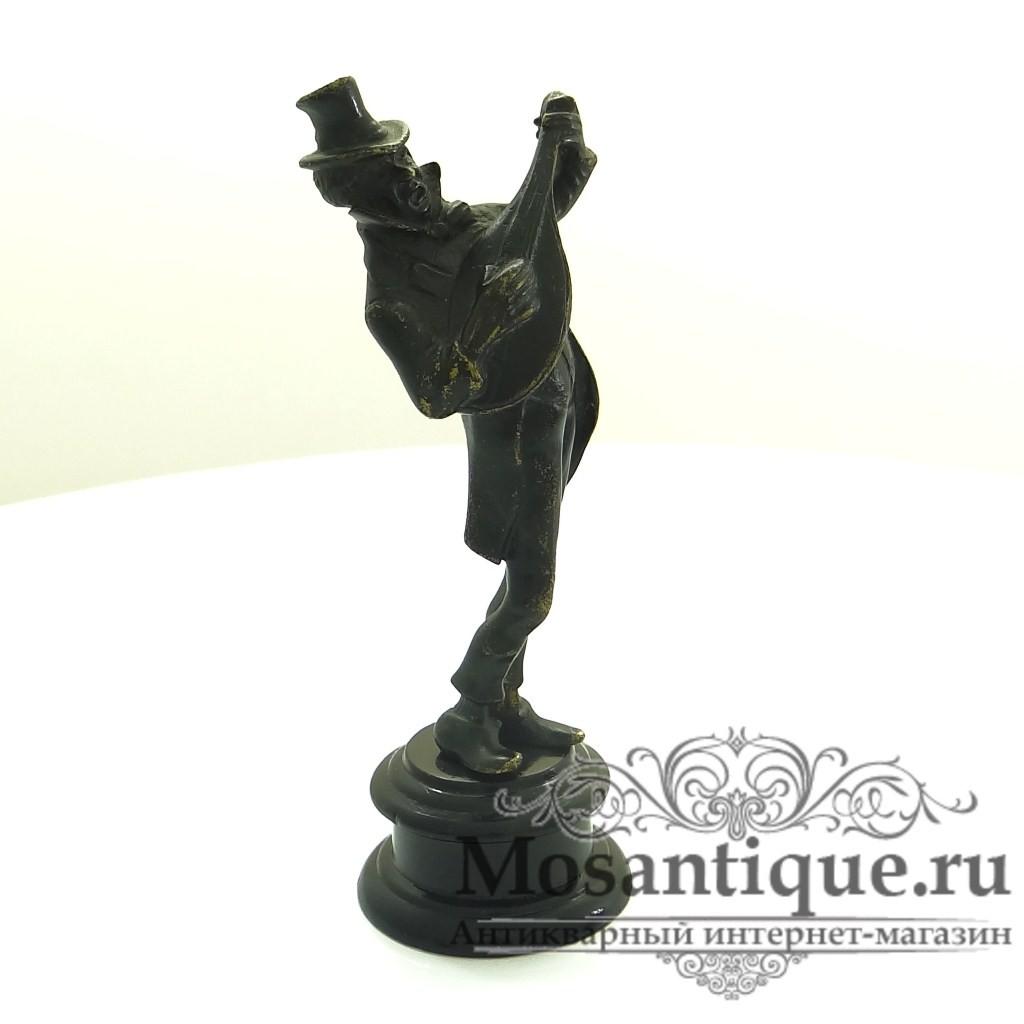 """""""Музыкант""""-художественное литье."""
