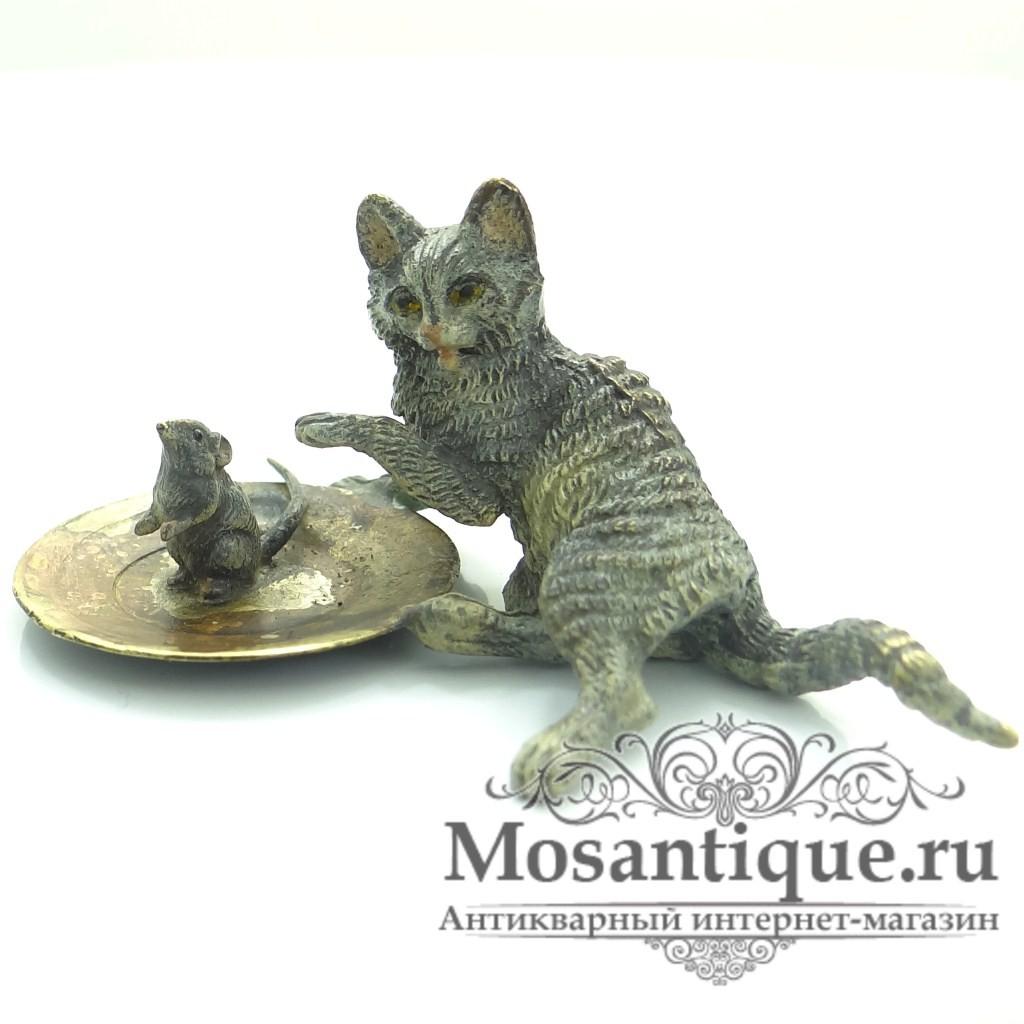 """Венская бронзовая миниатюра """"Кот с мышкой на подносе"""""""