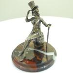 """001Старинная статуэтка """"Дама в цилиндре"""""""