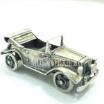 """Серебряная модель  автомобиля  """"Adler"""""""