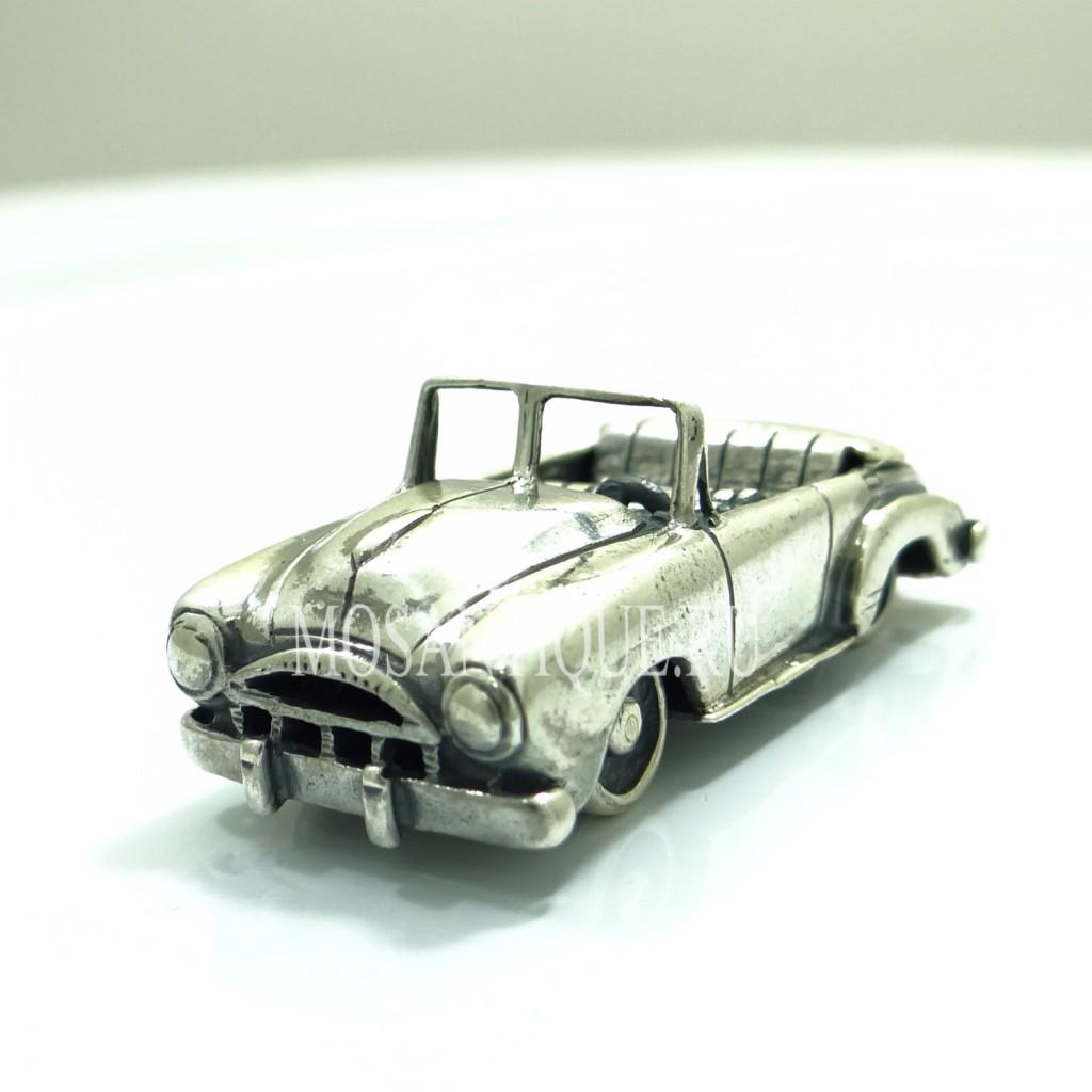 001Серебряная модель ретро кабриолета