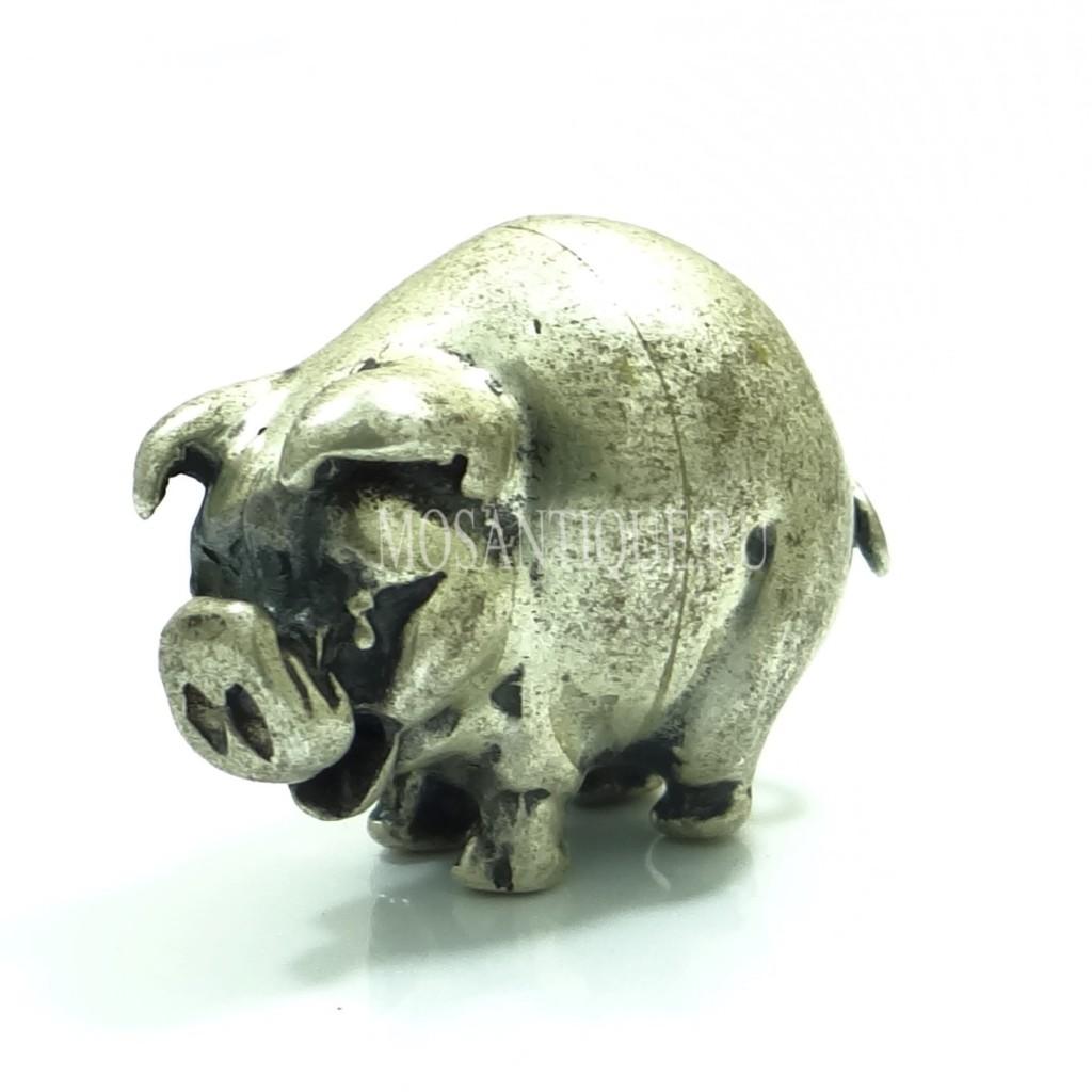 Серебряная фигурка