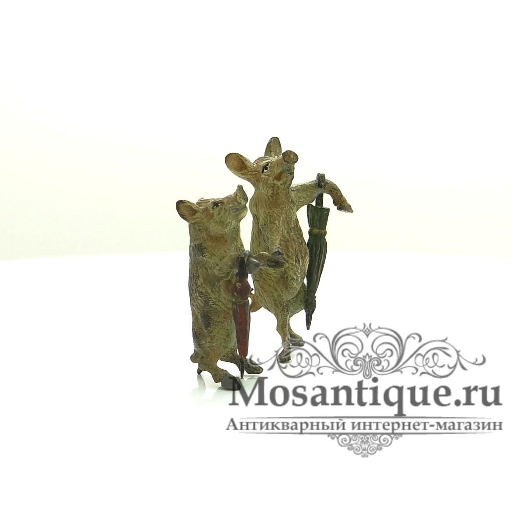 """Венская бронзовая миниатюра """"Свиньи на прогулке"""""""