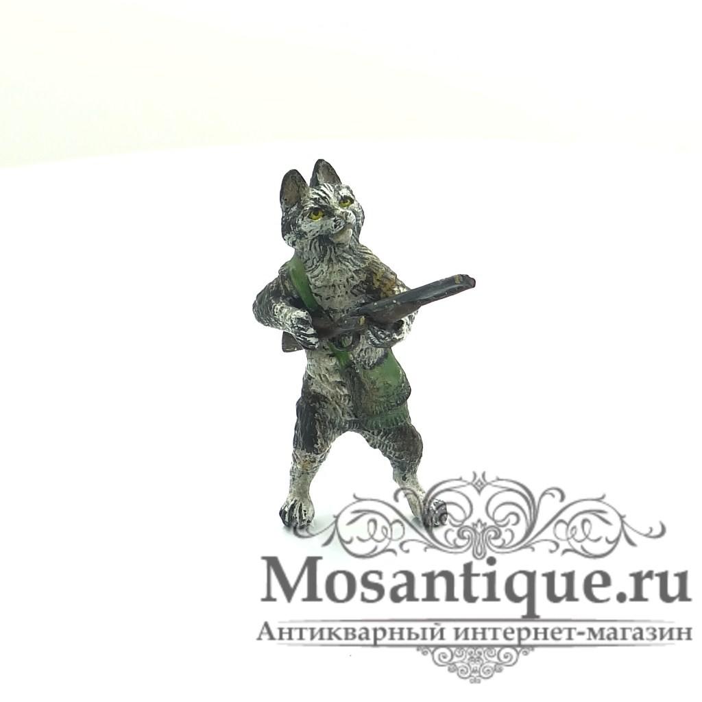 """Венская бронзовая миниатюра """"Кот с ружьем"""""""