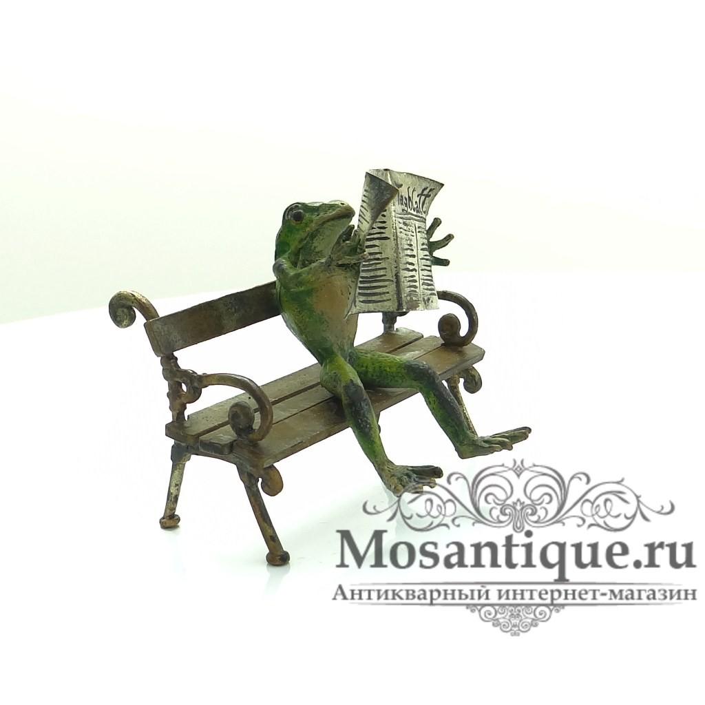 """Венская бронзовая миниатюра """"Лягушка с газетой"""""""