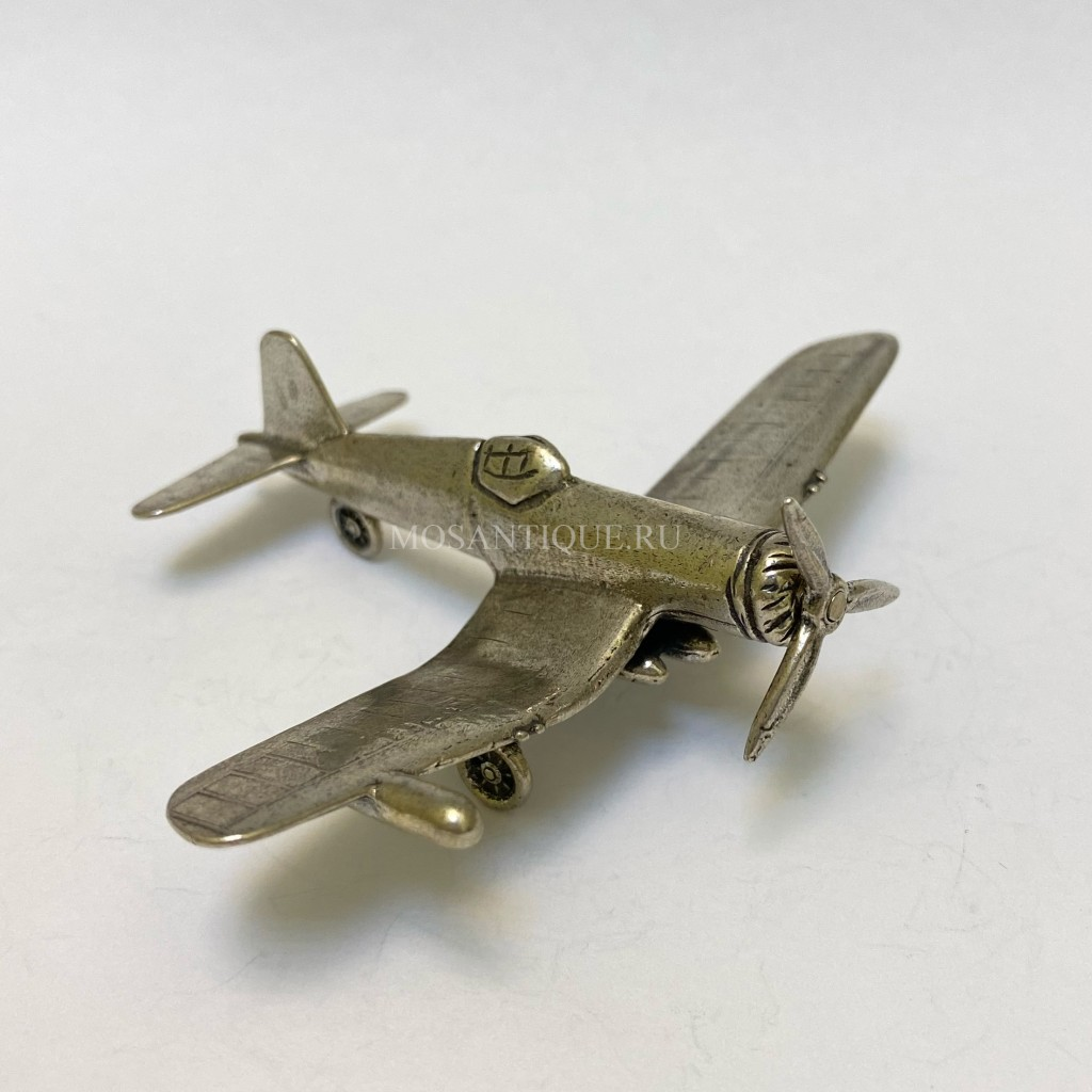 Модель Самолёта Corsair f4u-4