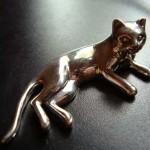 """Фото серебряной миниатюры """"Кошка"""""""