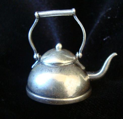"Серебряная таблетница ""Чайник"""