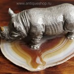 Носорог. Миниатюра из серебра