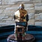 «Портной». Серебряная скульптура. Вид сзади