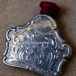 Серебряный парфюмерный флакон