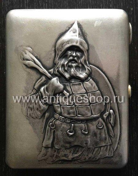 """Старинный серебряный портсигар """"Витязь"""""""