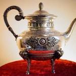 Серебряный чайник Овен